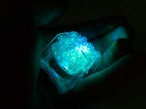 Кубик льда с Led подсветкой